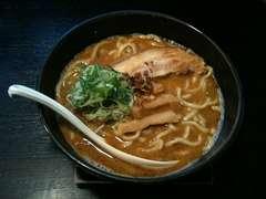 晴レル屋:赤の麺.jpg
